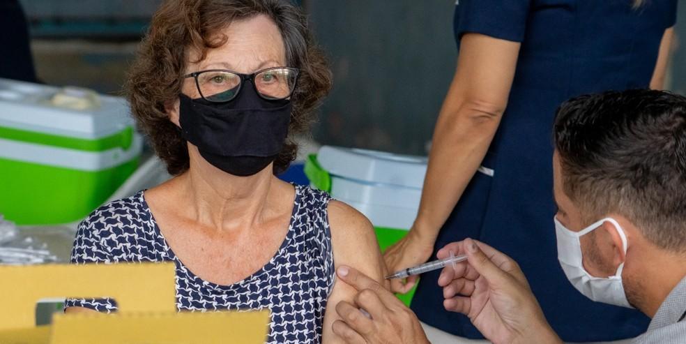 Vacinação contra covid-19 (Divulgação/Prefeitura de São Sebastião)