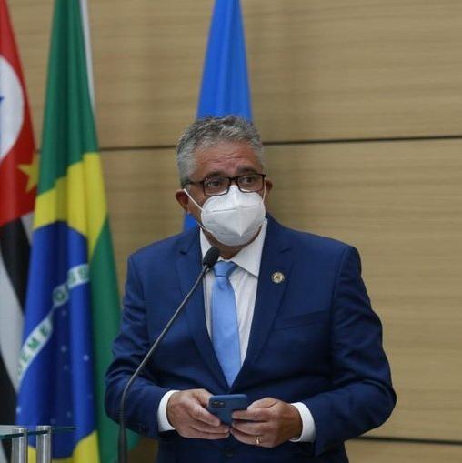 Válter Suman é solto e reassume cargo de prefeito de Guarujá