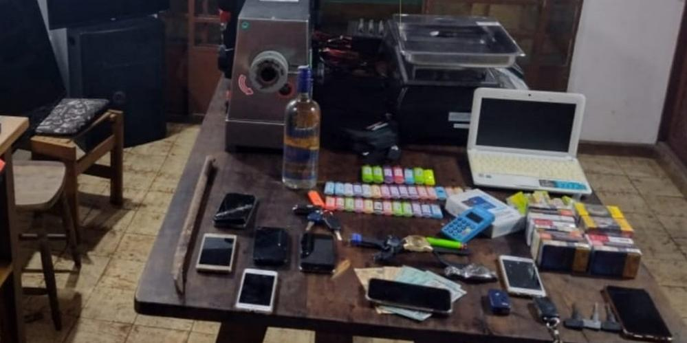 Quadrilha possuía até casa alugada onde os sete homens se hospedavam e guardavam itens furtados durante as madrugadas (Imagem: Divulgação / Polícia Militar)