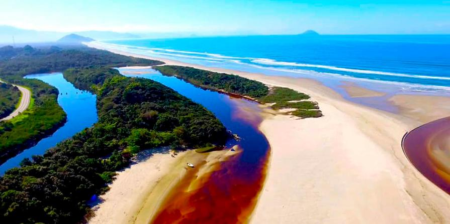 Homem morre afogado durante pesca na praia de Bertioga (Foto: Arquivo / Surf Drone Bertioga)