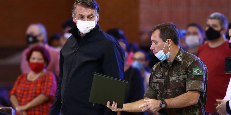 Presidente Jair Bolsonaro (sem partida) em Aparecida (SP) no último dia (12) (Divulgação)