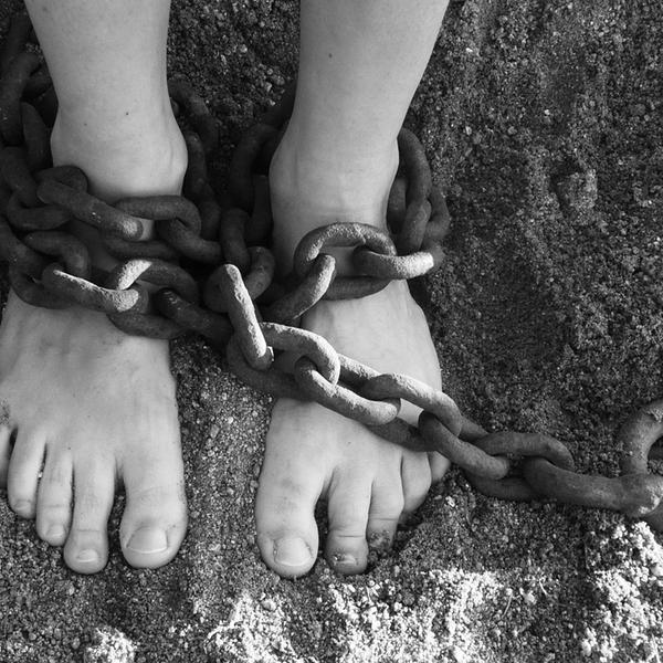 Vítima de 25 anos de escravidão é indenizada com R$ 300 mil/Imagem Ilustrativa